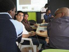 programiści na konferencji