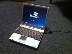stary laptop